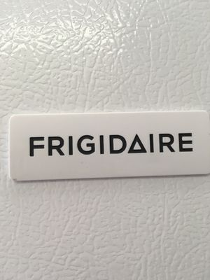 Frigidaire refrigerator for Sale in Cleveland, OH