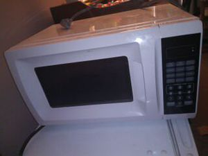 Microwave for Sale in Galloway, OH
