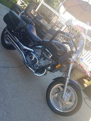 Honda Magna 1997 Motorcycle For Sale!!! 18,000 Miles! for Sale in Chicago, IL