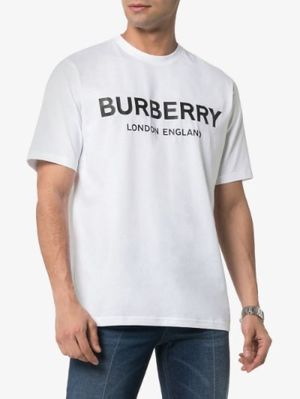 Burberry Logo Print Cotton Oversized T-shirt shipping only for Sale in Miami Gardens, FL