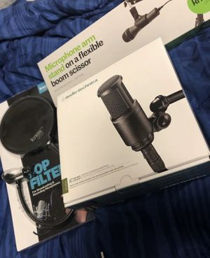 AT2020 Microphone + Pop Filter + Stand + 25FT XLR Cable for Sale in Rock Island, IL