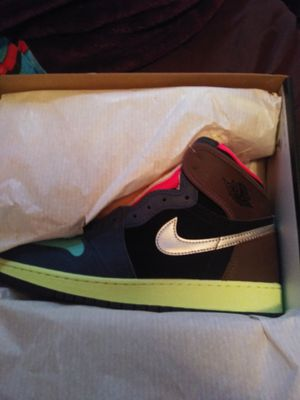 Jordan 1 Bio hack SIZE 7Y for Sale in Long Beach, CA