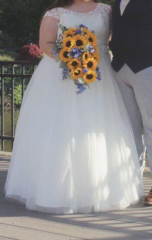 Wedding Dress, Quinceañera, Communion for Sale in Sheffield Lake, OH