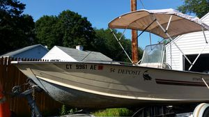 1985 Starcraft 18' center console for Sale in Middletown, CT
