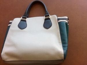Apt 9 hand purse for Sale in Fresno, CA