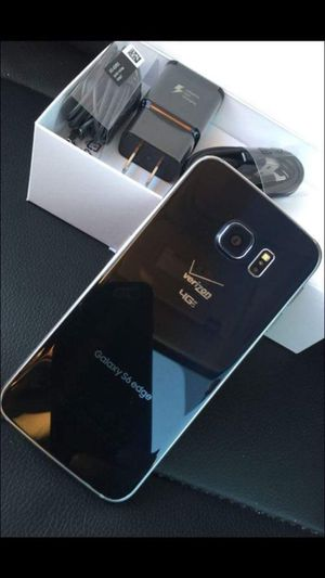 "Samsung Galaxy S6 ,edge Factory Unlocked Excellent Condition ,aS liKE AlmoSt ""nEW"" for Sale in Springfield, VA"