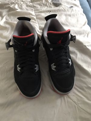 Jordan retro 4 breds size 7y 225 or best offer need gone ASAP comes with box for Sale in Lorain, OH