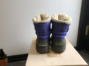 GIRLS TODDLER SOREL BOOTS SIZE 8 LIGHTLY USED for Sale in Lockport, NY