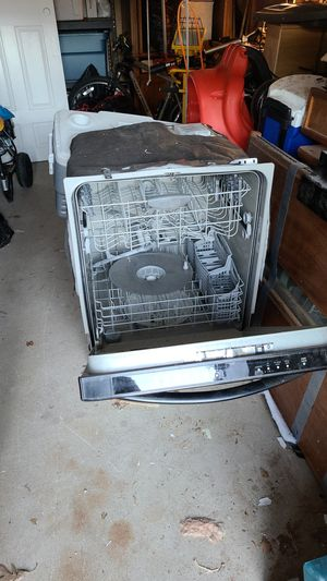 Frigidaire gallery dishwasher for Sale in Simsbury, CT