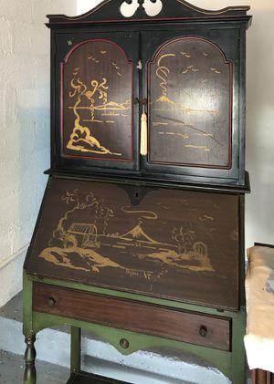 Antique desk for Sale in Miami, FL