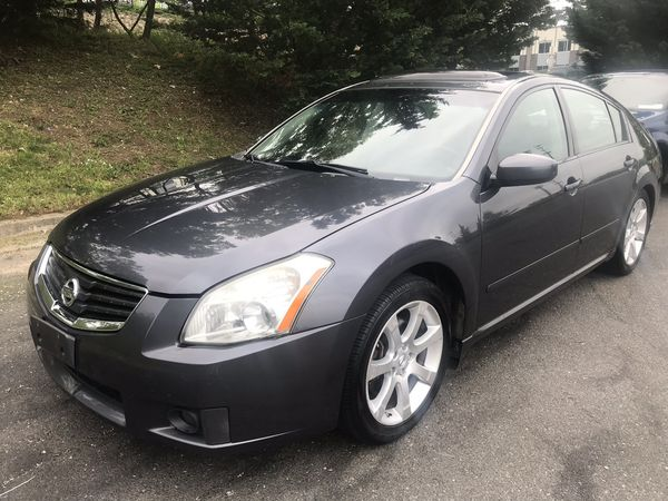 2008 Nissan Maxima very clean 160k miles