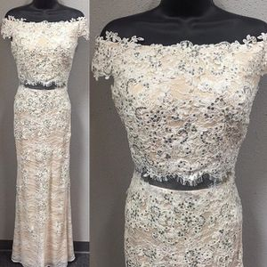 Prom Formal Dress 2 Piece *Must See in person* for Sale in Parlier, CA
