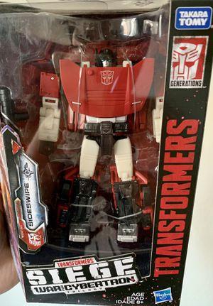 Transformers Siege War for Cybertron Sideswipe Deluxe Class Figure for Sale in Fresno, CA