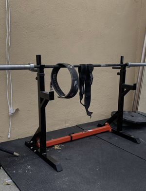 Squat rack ONLY (weight capacity 350lbs) for Sale in Bell Gardens, CA