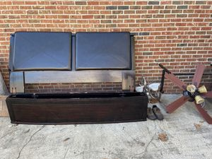 Bed frame for Sale in Hope Mills, NC