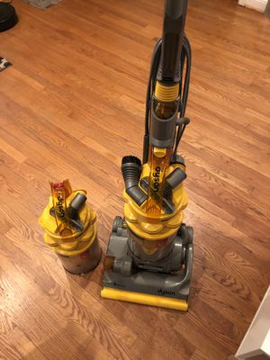 Dyson DC14 vacuum with extra canister for Sale in Pico Rivera, CA