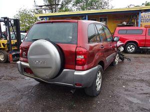 Toyota RAV4 2001 2005 for Sale in Miami, FL