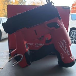 Milwaukee M18 FUEL 18-Volt Lithium-Ion Brushless Cordless Gen II 18-Gauge Brad Nailer (Tool-Only) for Sale in Bakersfield, CA