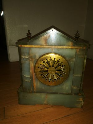 Green marble clock early 1900s for Sale in Portland, OR