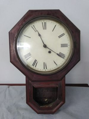 ANTIQUE CLOCK for Sale in Yalesville, CT