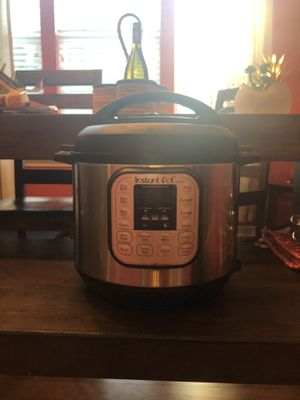 6qt Instant Pot Duo for Sale in Raleigh, NC