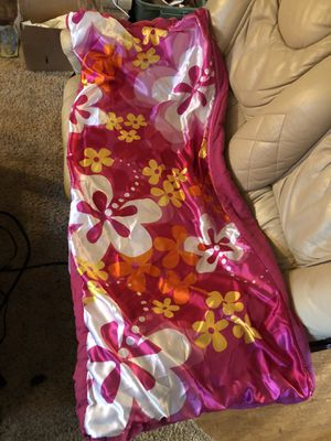 Girl's sleeping bag for Sale in Troutdale, OR