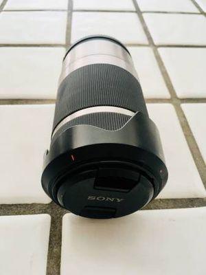 Sony E-Mount 55-210 Lens for Sale in Santa Monica, CA
