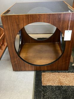 Vintage Lane Coffee Table for Sale in Milwaukie,  OR