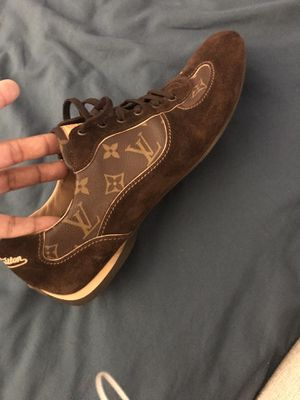 Louis Vuittons shoes mens Authentic Made in Italy Size US12 men for Sale in Houston, TX