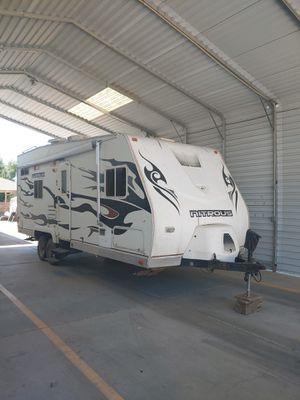 2007 Fleetwood Nitrous hyperlite toy hauler for Sale in Chandler, AZ