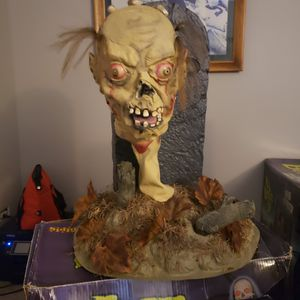 Voice from the Grave - Halloween Animatronic for Sale in Naperville, IL