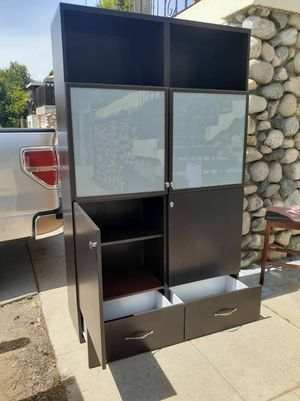 Gavinet for Sale in Los Angeles, CA