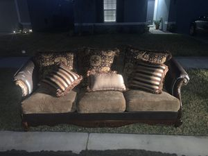 Free Couch for Sale in Winter Haven, FL