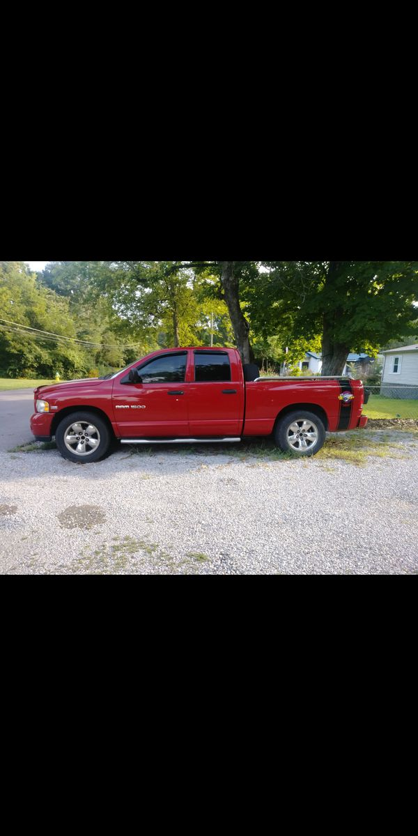 $650 o.b.o. 2004 Dodge ram rumble Bee SLT. Selling this truck as a parts vehicle. Need gone today!. Must have it towed!