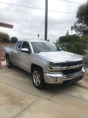 2018 Chevy Silverado 5.3 v8 for Sale in Los Angeles, CA