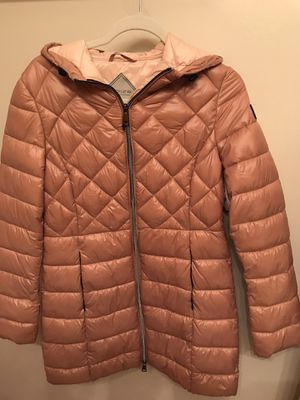 Noize parka size S brand new for Sale in Warrenville, IL