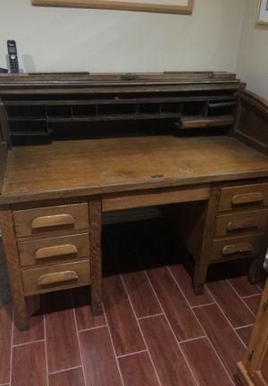 Oak antique roll top desk. for Sale in Davie, FL