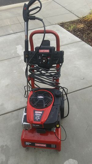 CRAFTSMAN 3000 PSI PRESSURE WASHER for Sale in Fresno, CA