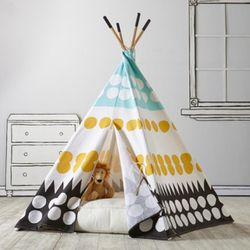 Land of Nod Teepee for Sale in Lake Stevens,  WA