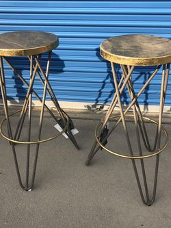 Brand New Set Of Metal Barstools, 29inches From Floor To Seat for Sale in Fowler,  CA