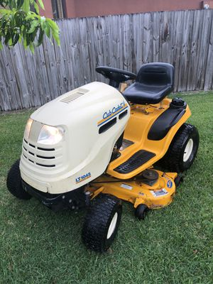 LT1045 cub Cadet for Sale in Port St. Lucie, FL