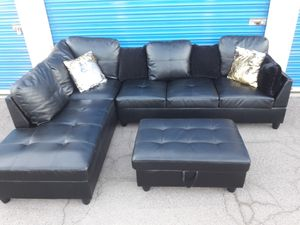 Modern sectional couch leather black with ottoman box , for Sale in Phoenix, AZ