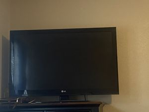 Lg tv 40 inch for Sale in Garland, TX