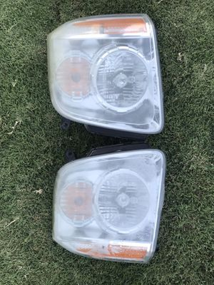 Yukon GMC Head Lamps (used ) for Sale in Tustin, CA