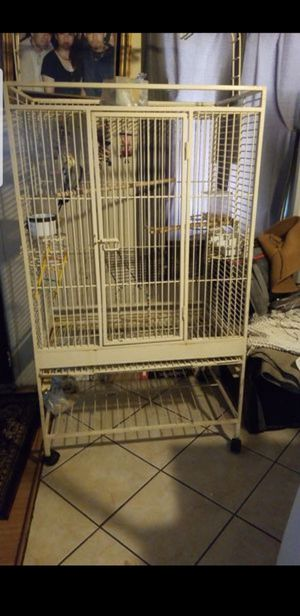 Dog house Extra large bird cage needs bottom tray ajuala para pericos grandes for Sale in Bloomington, CA
