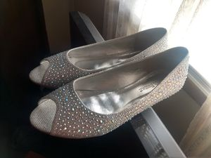 David's bridal sparkly shoes prom or wedding for Sale in Blountville, TN