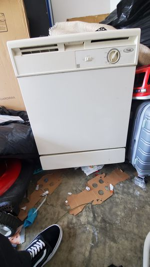 Dishwasher Whirlpool for Sale in Philadelphia, PA