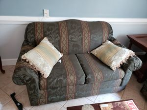 Couch set cheap for Sale in Warrenton, VA
