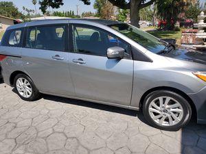 2014 Mazda 5 mini-van for Sale in Rialto, CA