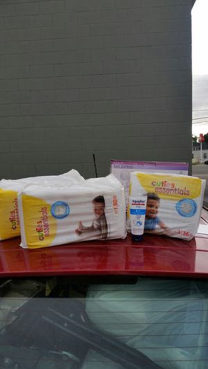 Diapers sz 1 and sz 3 for Sale in Salt Lake City, UT